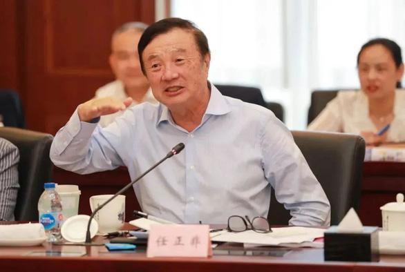 Bị Mỹ trừng phạt, Huawei bẻ lái sang Nga, săn tài năng của Nga - Ảnh 1.