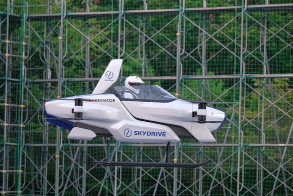 Nhật Bản hoàn thành thử nghiệm ôtô bay - Ảnh 1.