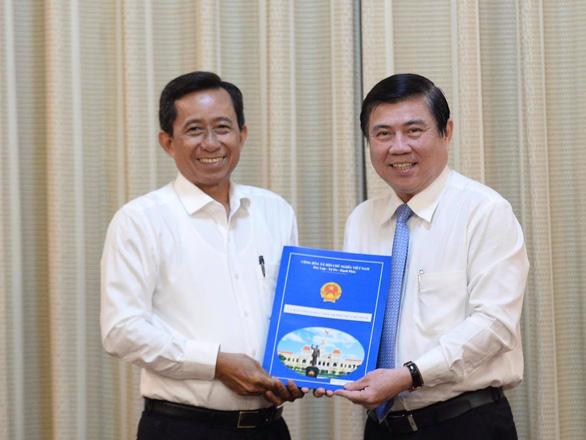 Ông Huỳnh Thanh Nhân làm giám đốc Sở Nội vụ TP.HCM - Ảnh 2.