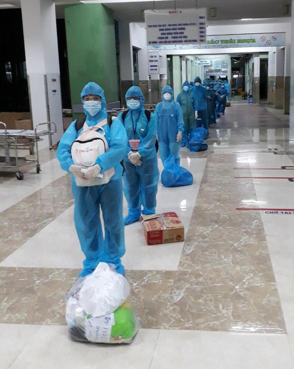 Lãnh đạo Đà Nẵng kêu gọi Bình Định và Hải Phòng chi viện nhân lực để chống COVID-19 - Ảnh 1.