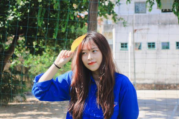 Cảm động bộ tranh chiến sĩ áo trắng, áo xanh chống dịch của sinh viên Đà Nẵng - Ảnh 10.