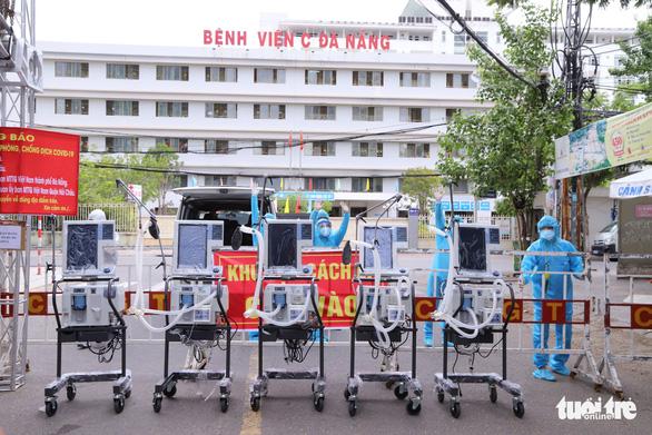 Người chơi lan tiếp sức Bệnh viện Đà Nẵng 5 máy thở trị giá 2,75 tỉ - Ảnh 1.