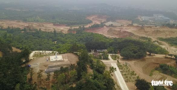 Vụ 'bạo hành' quần thể núi Con Voi: Hàng chục ha đất rừng 'biến mất' - Ảnh 2.