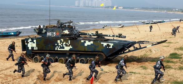 Cựu thủ tướng Úc dự báo Mỹ sẽ đưa tàu chiến đến Đài Loan, làm leo thang căng thẳng - Ảnh 1.