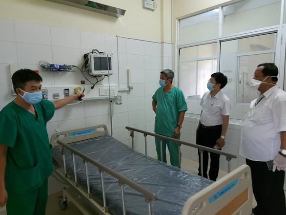 Bác sĩ Trần Thanh Linh: 'Dốc sức cứu người bệnh, hết dịch COVID-19 mới về' - Ảnh 1.
