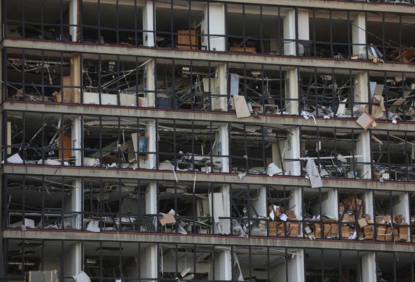 Nhân chứng vụ nổ ở Lebanon: Tôi bị thổi văng ra mấy mét - Ảnh 5.