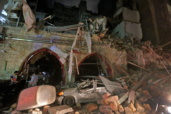 Quan chức Lebanon quan ngại về việc ông Trump gọi vụ nổ ở Beirut là vụ tấn công - Ảnh 1.