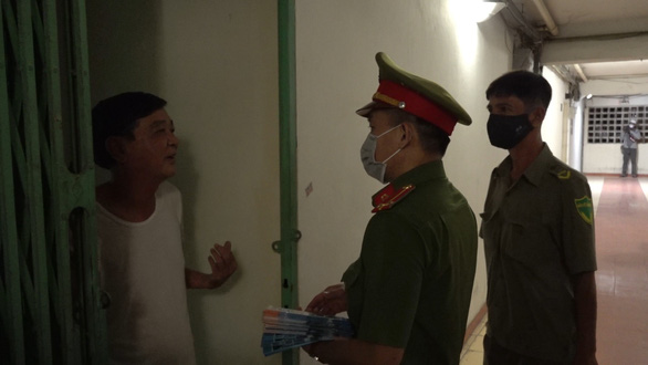 Campuchia mở cửa biên giới, TP.HCM lập đê ngăn chặn cư trú bất hợp pháp - Ảnh 1.