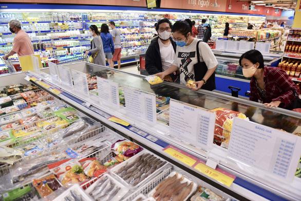 Bật chế độ mua hàng Việt, hỗ trợ doanh nghiệp vượt COVID-19 - Ảnh 1.
