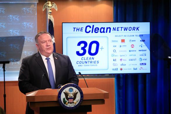 Mỹ sẽ loại các ứng dụng Trung Quốc không đáng tin, kêu gọi rút giấy phép China Telecom - Ảnh 1.