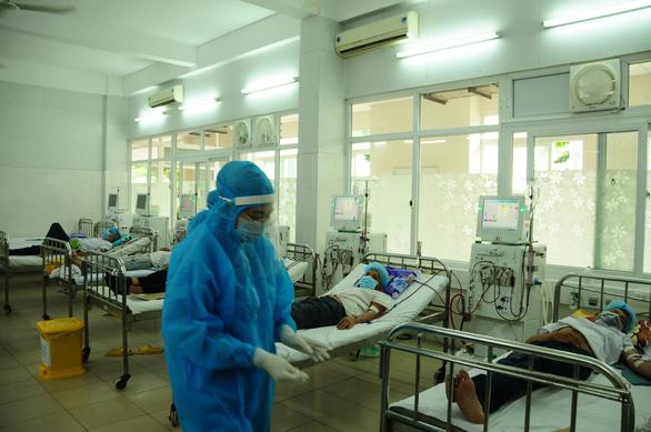 Bệnh viện dã chiến Tiên Sơn đã sẵn sàng - Ảnh 2.