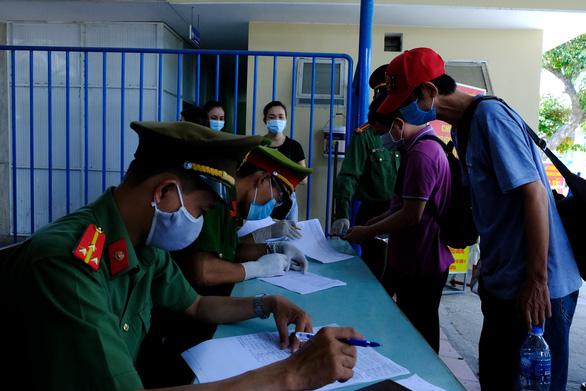 Thêm 11 ca COVID-19 mới, 1 ở Hà Nội liên quan Đà Nẵng - Ảnh 1.