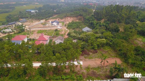 Vụ 'bạo hành' quần thể núi Con Voi: Hàng chục ha đất rừng 'biến mất' - Ảnh 1.