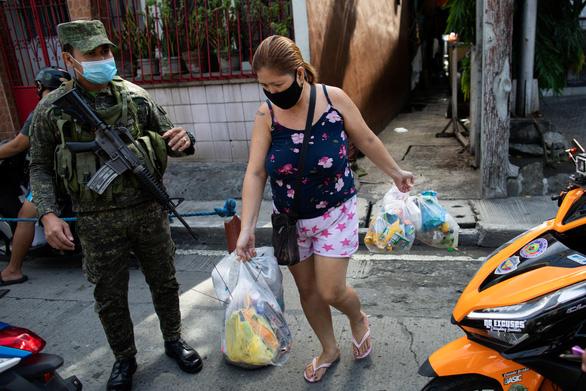 Philippines vượt Indonesia, thành nước nhiều ca bệnh COVID-19 nhất Đông Nam Á - Ảnh 1.