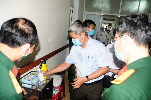 Thứ trưởng Nguyễn Trường Sơn: Dự kiến đỉnh dịch trong 10 ngày tới - Ảnh 1.