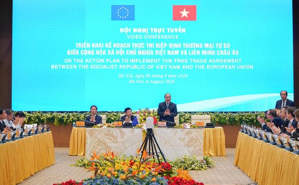 Thủ tướng Nguyễn Xuân Phúc: EVFTA không có chỗ cho doanh nghiệp thiếu kiên trì - Ảnh 1.