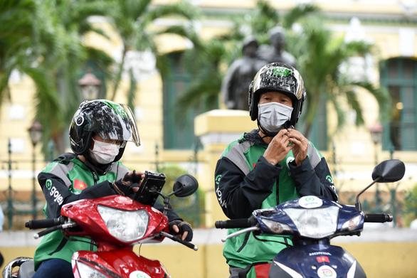 Gojek chính thức hoạt động tại Việt Nam: Tài xế vui vẻ, khách hàng hài lòng - Ảnh 7.