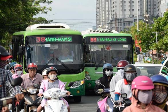 TP.HCM bắt đầu lên kế hoạch đấu thầu 4 tuyến xe buýt - Ảnh 1.