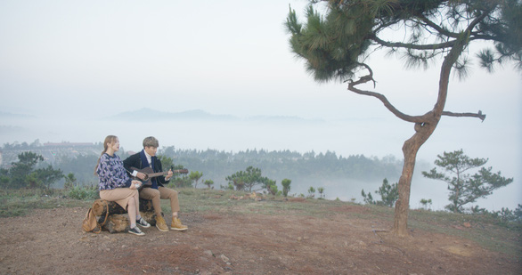 Ngắm loạt MV quay tuyệt đẹp ở Đà Lạt mộng mơ - Ảnh 1.