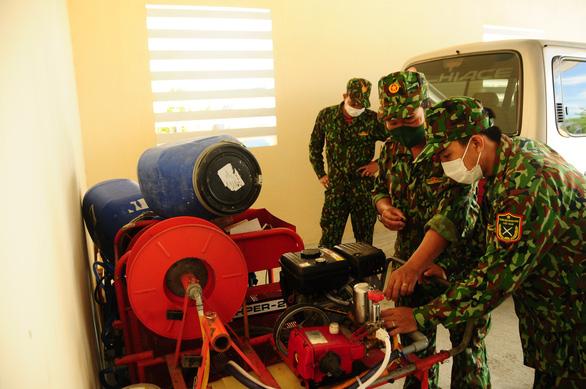 Bên trong cỗ máy xét nghiệm COVID-19 của Trung tâm Nhiệt đới Việt - Nga - Ảnh 26.