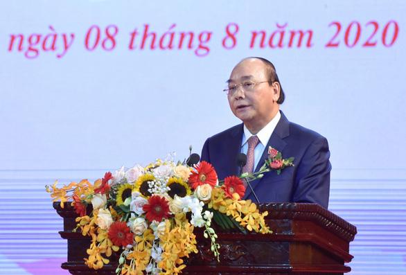 Thủ tướng: Lực lượng công an để lại nhiều dấu ấn trong nhân dân và bạn bè quốc tế - Ảnh 1.