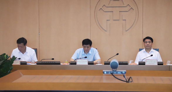 Hà Nội chuyển một điểm thi THPT, thay thế toàn bộ cán bộ do có một giáo viên F2 - Ảnh 1.