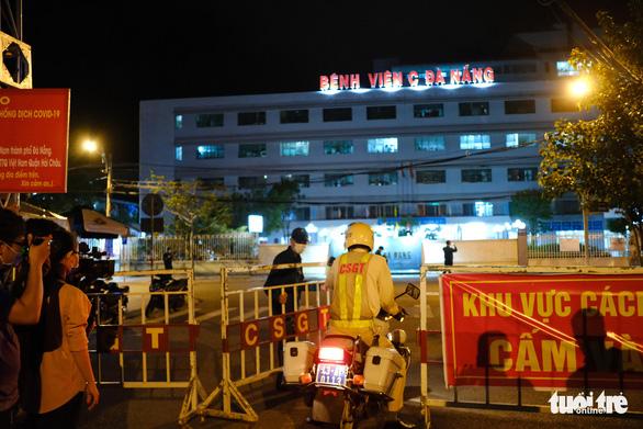 Lúc 0h đêm ở Bệnh viện C Đà Nẵng - Ảnh 2.