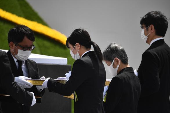 Nagasaki tổ chức tưởng niệm 75 năm thảm họa bom nguyên tử - Ảnh 5.
