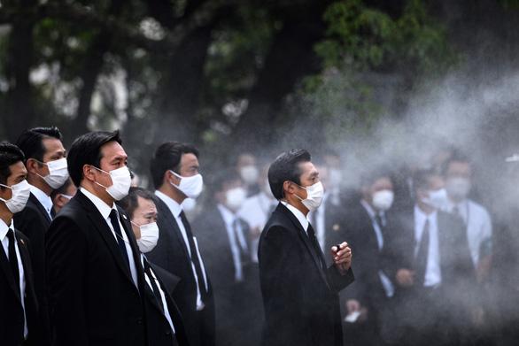 Nagasaki tổ chức tưởng niệm 75 năm thảm họa bom nguyên tử - Ảnh 7.