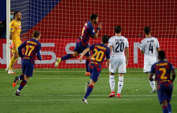 Messi ghi bàn tuyệt đẹp, Barcelona hạ Napoli vào tứ kết Champions League - Ảnh 3.
