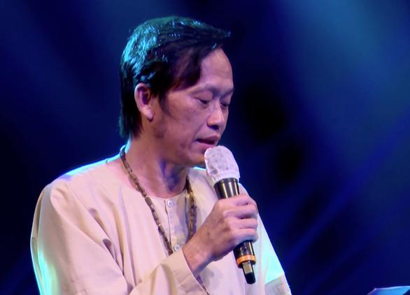 Đàm Vĩnh Hưng quyên 1 tỉ, tranh thơ Hoài Linh đấu giá 700 triệu, gửi miền Trung chống dịch - Ảnh 2.