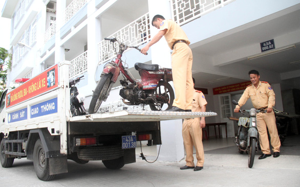 Xe máy cũ: Hà Nội đổi lấy mới, TP.HCM muốn thu hồi - Ảnh 2.
