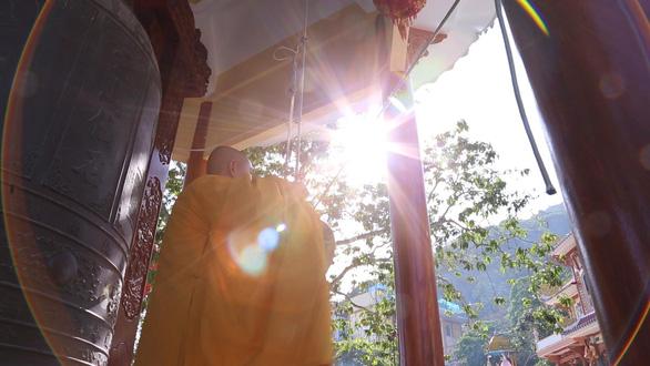 Mùa trung thu, chinh phục nóc nhà Nam Bộ và lễ Chùa Bà với combo cáp treo hấp dẫn - Ảnh 3.