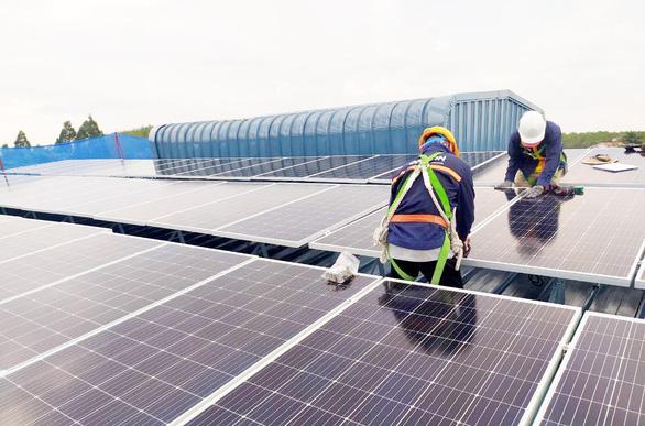 Năng lượng tái tạo - hướng đầu tư để phát triển bền vững - Ảnh 2.