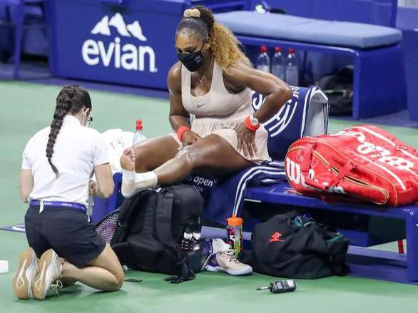 Ngược dòng trước Serena, Azarenka gặp Naomi Osaka ở chung kết Mỹ mở rộng - Ảnh 3.