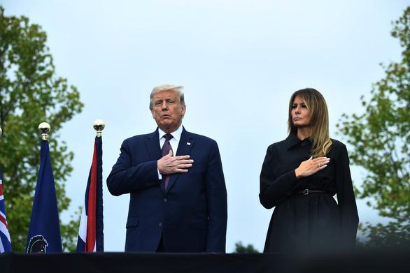 Tổng thống Trump ca ngợi các hành khách trên máy bay chống khủng bố 11-9 - Ảnh 1.