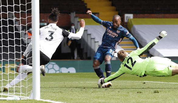 Tân binh Willian lập cú đúp kiến tạo, Arsenal thắng dễ ngày khai mạc Premier League - Ảnh 2.