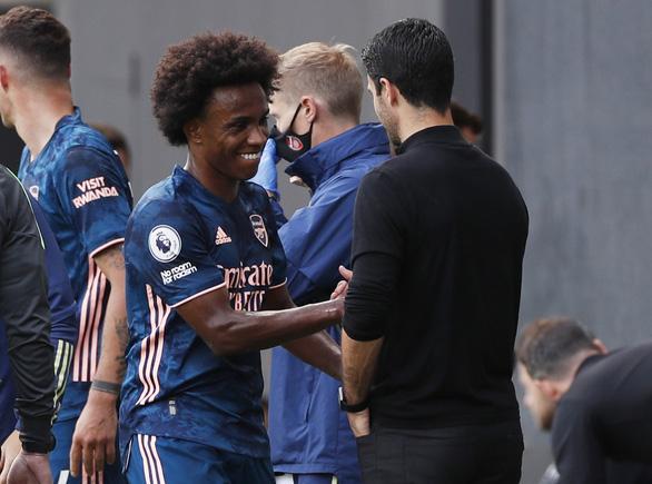 Tân binh Willian lập cú đúp kiến tạo, Arsenal thắng dễ ngày khai mạc Premier League - Ảnh 5.