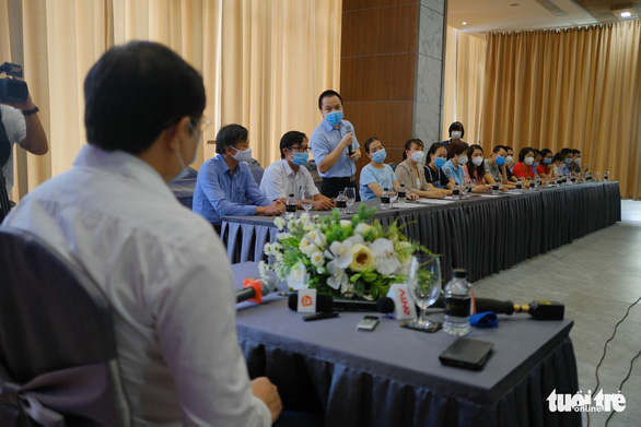Chia tay các đoàn y bác sĩ cuối cùng chi viện Đà Nẵng - Ảnh 2.