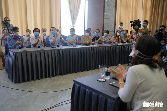 Chia tay các đoàn y bác sĩ cuối cùng chi viện Đà Nẵng - Ảnh 3.