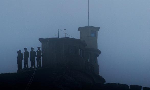 Trung Quốc thả 5 người Ấn Độ nghi nhân viên tình báo cải trang thợ săn - Ảnh 2.