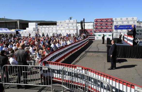 CNN tố người ủng hộ ông Trump ở Nevada không tuân thủ giãn cách xã hội - Ảnh 1.