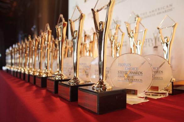 Viettel cạnh tranh danh hiệu công ty hàng đầu cùng các ông lớn công nghệ trên thế giới - Ảnh 4.