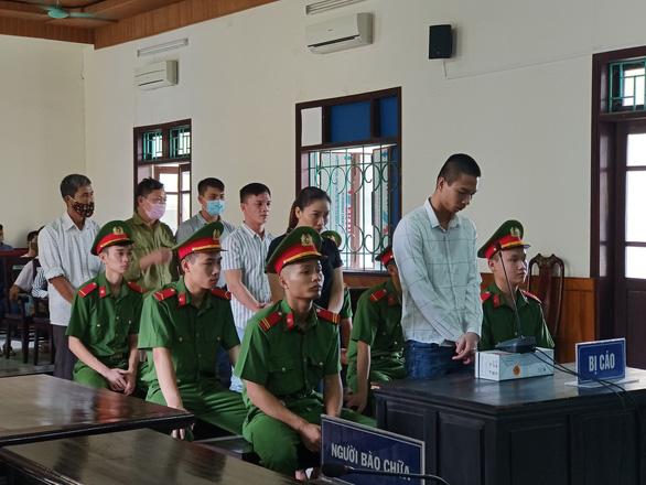 Xét xử 7 bị cáo liên quan vụ 39 người Việt chết trong container ở Anh - Ảnh 2.