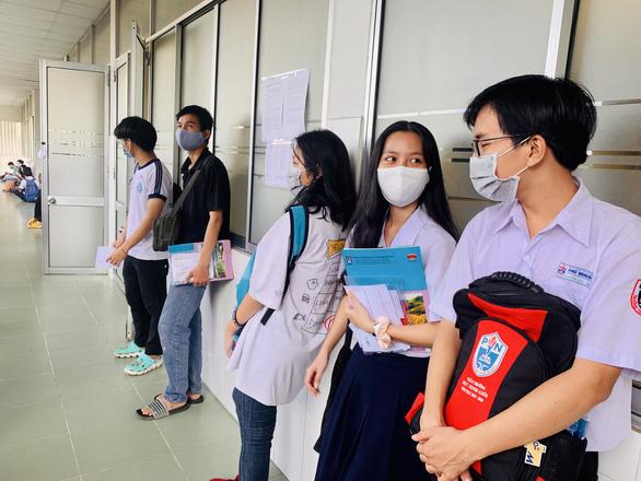 Điểm sàn ĐH Công nghiệp TP.HCM, kết quả tuyển thẳng ĐH Y khoa Phạm Ngọc Thạch - Ảnh 1.