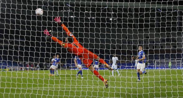 Siêu phẩm nã đại bác của Reece James giúp Chelsea thắng dễ Brighton - Ảnh 4.