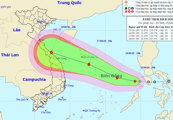 Áp thấp nhiệt đới vào Biển Đông, dự báo mạnh thành bão, biển động mạnh - Ảnh 1.