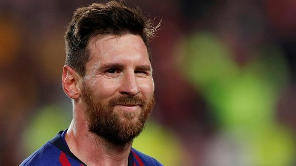 Forbes: Messi kiếm được hơn 1 tỉ USD - Ảnh 1.