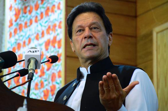 Thủ tướng Pakistan muốn thiến hóa học kẻ hiếp dâm thay vì treo cổ - Ảnh 1.