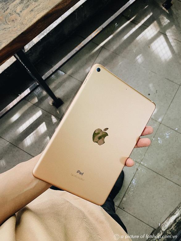 Chào năm học mới, FPT Shop giảm đến 7 triệu cho loạt sản phẩm Apple chính hãng - Ảnh 1.